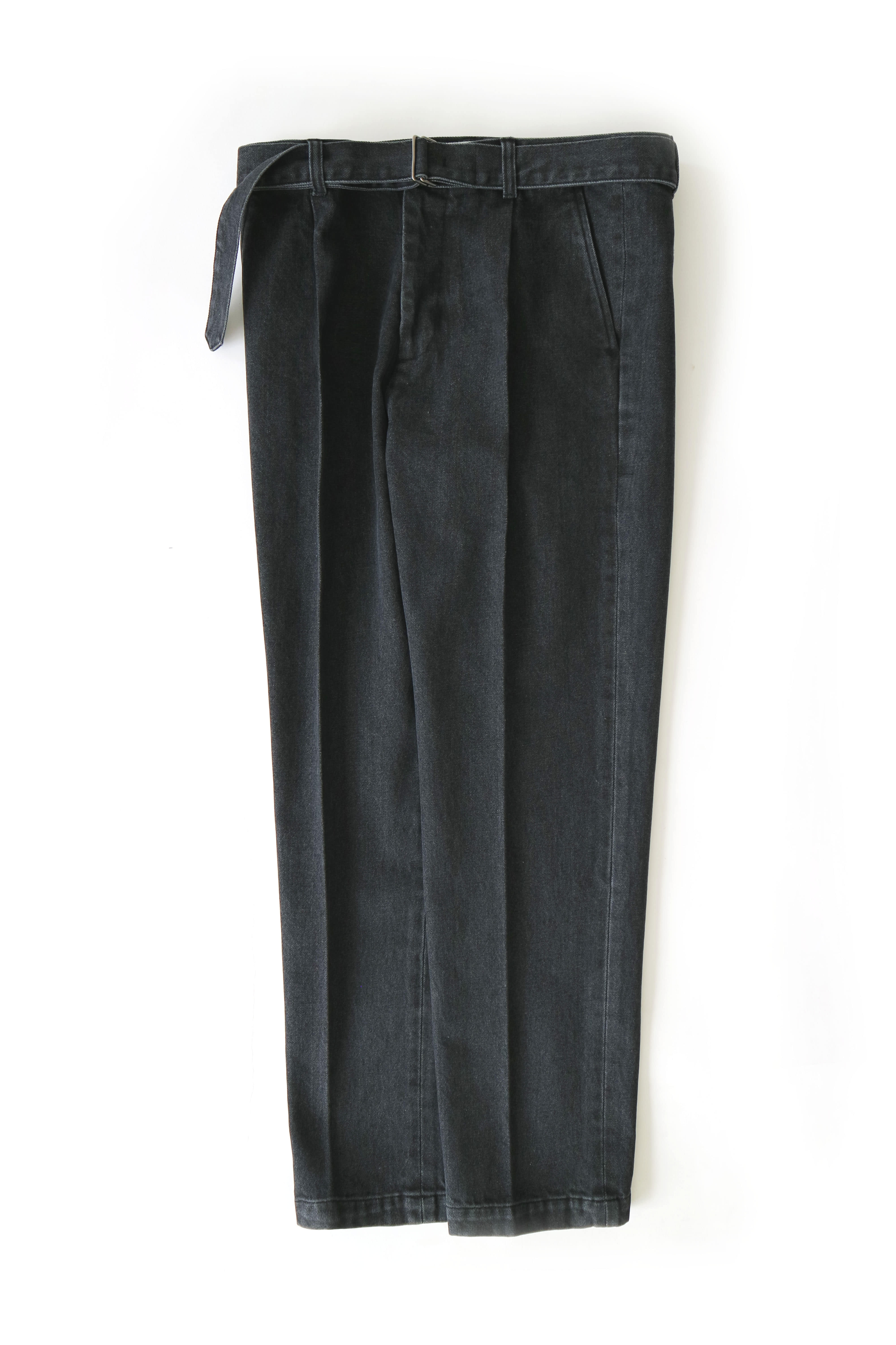 pleat belted jeans